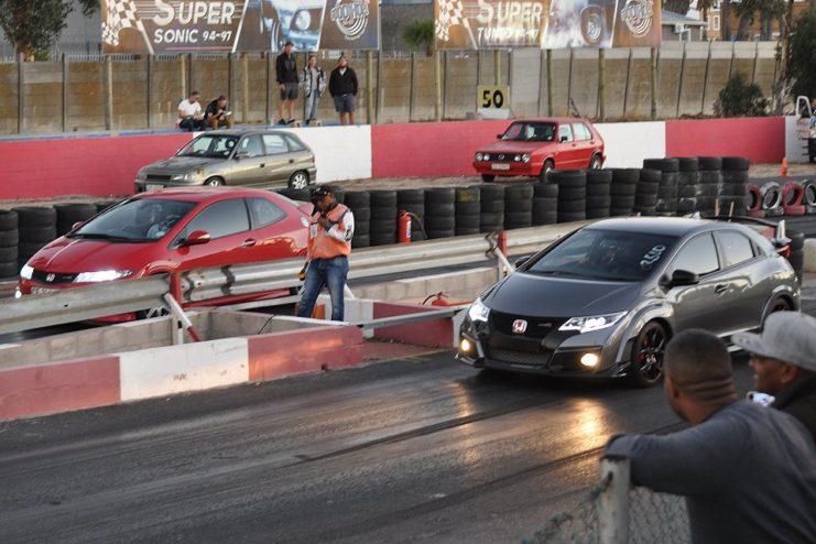 Street 2 Strip & Robot Racing